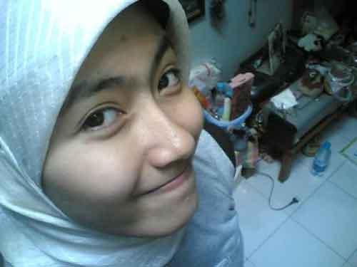 photo-video-denpasar-cewek-gadis-perempuan-remaja-jilbab-cantik-kamar ...