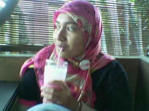 Awek Budak Tudung Malang Gadis Jakarta Seksi Original Tudung Baju